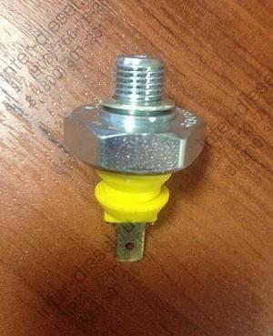 Датчик давления масла (Oil pressur.switch) 01182479